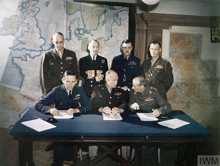 Meeting of the key commanders of the Allied Expeditionary Force,  1 February 1944 (Source: © IWM (TR 1631))