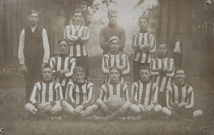 FC Victoria from Herenthout (near Antwerp) founded in 1916. (Source: De Nieuwe Schakel)