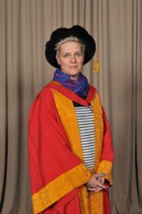Honorary Graduate 2015 Joanne Bell