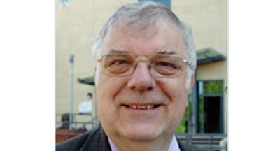 Prestigious honour for university lecturer